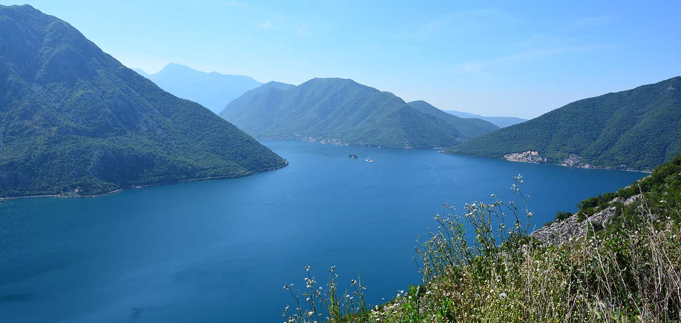 Andrea Montenegro En Latin Lover boka bay - montenegro hostel